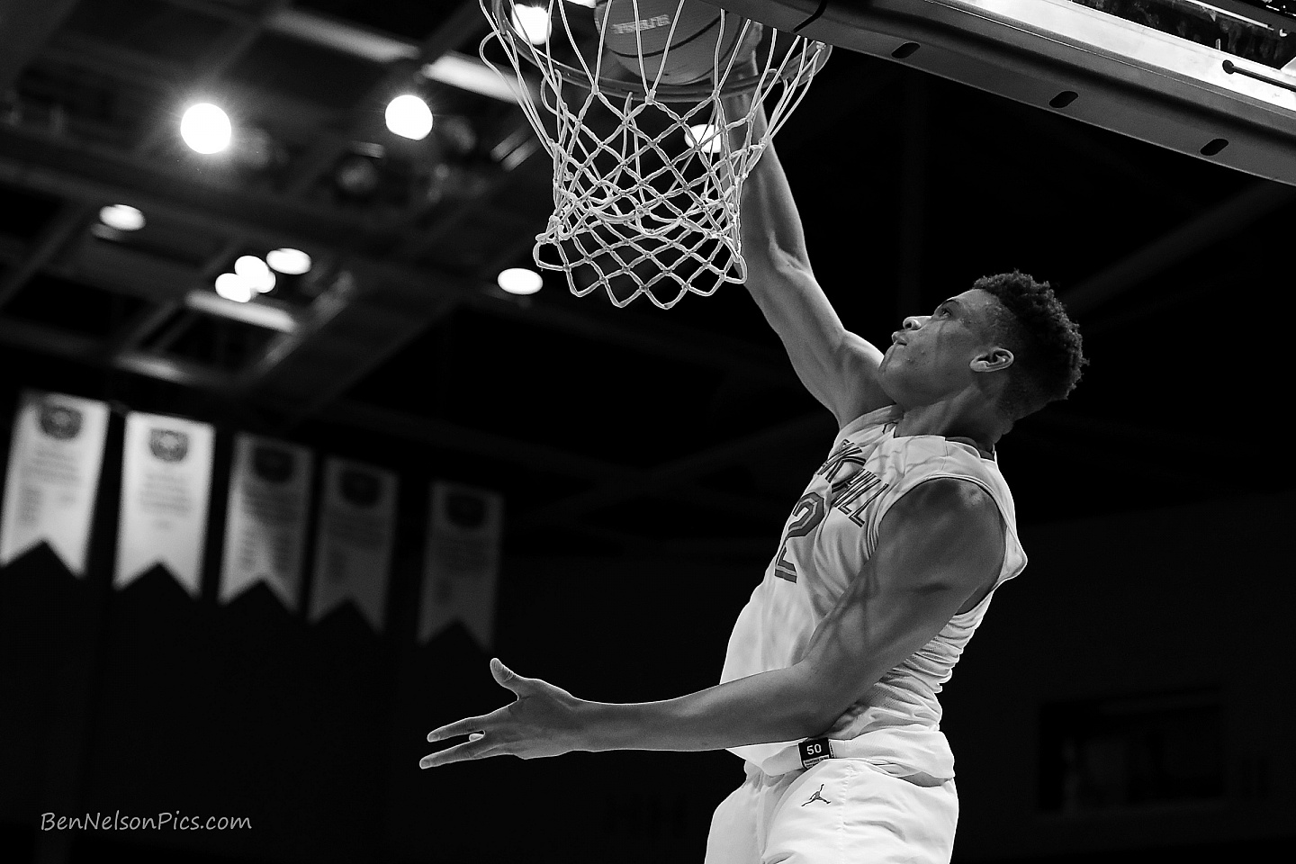Bass Pro Shops Tournament of Champions 2018 - Keyontae Johnson with Oak Hill Academy throws down the dunk in black and white and directly under the basket.