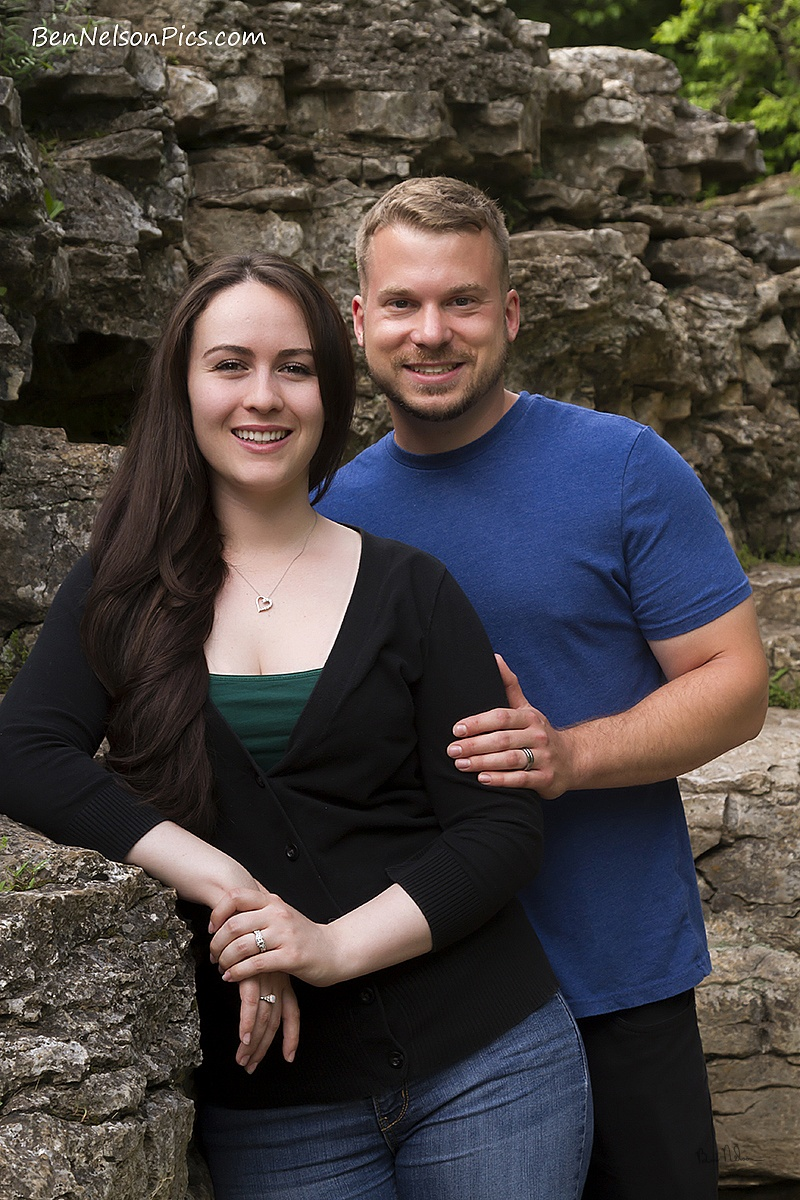 Couples Photos and Engagement Pictures in Springfield Missouri - Engagement Photos Springfield Mo