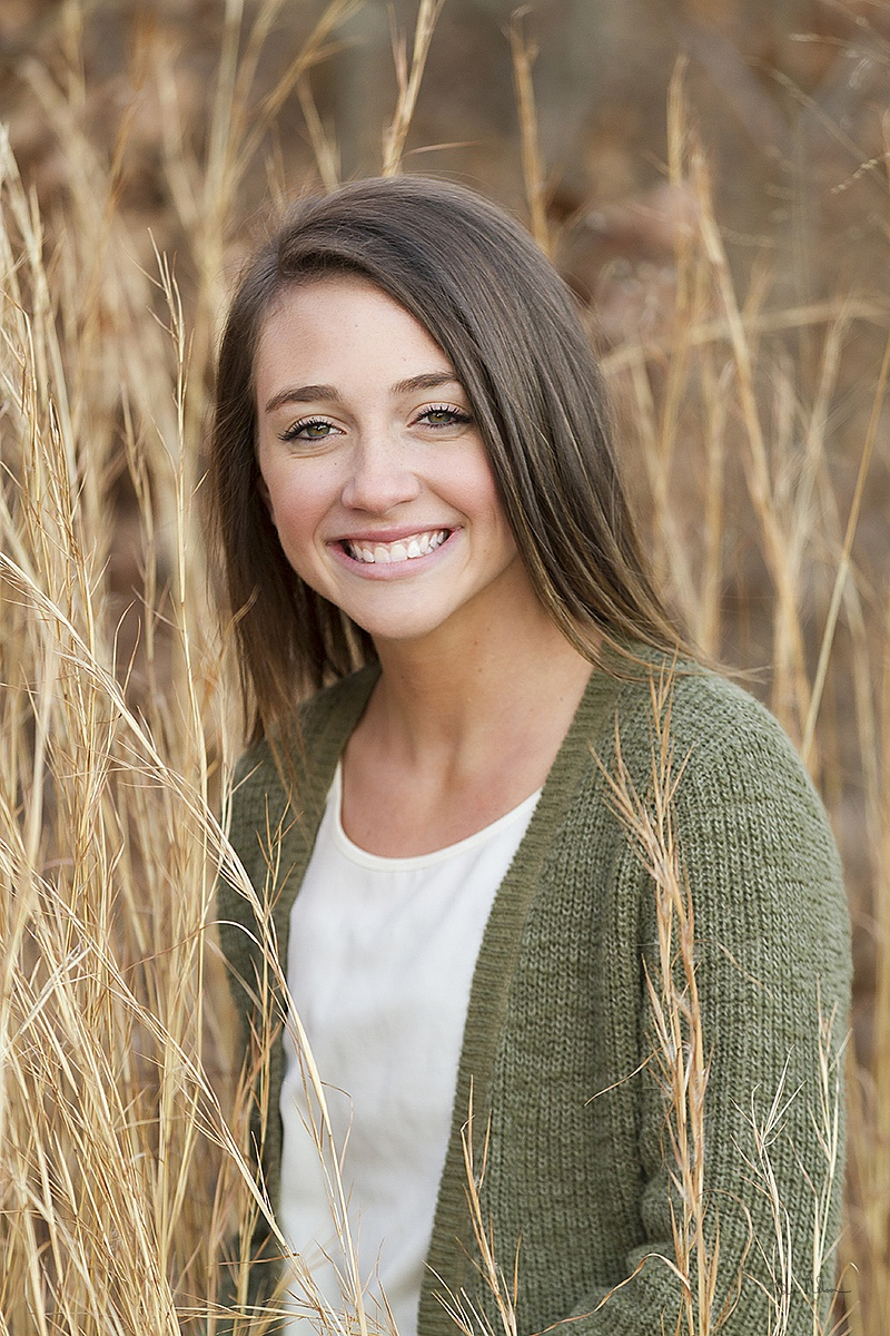 A collection of Senior Pictures and Portraits in the Springfield Missouri area by Ben Nelson - Annie Lewis Senior Portrait Kickapoo High School 2015